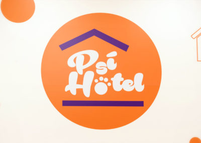 Wallmarketing Psí hotel 02