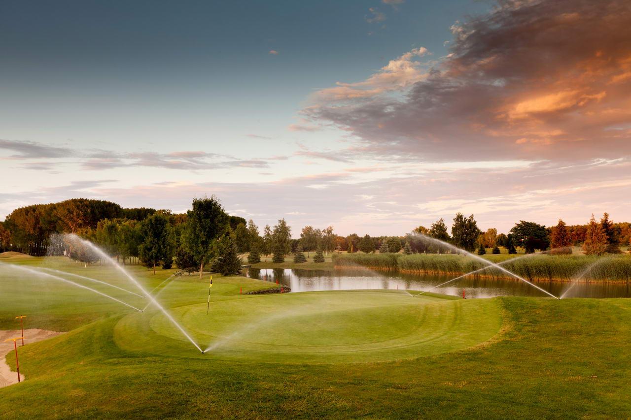 Accent Greenfield Galeria Golf 1280px 022